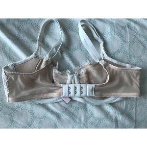 7b0007ff8e3 Victoria s Secret Intimates   Sleepwear - Victoria s Secret Dream Angels  Wicked unlined bra